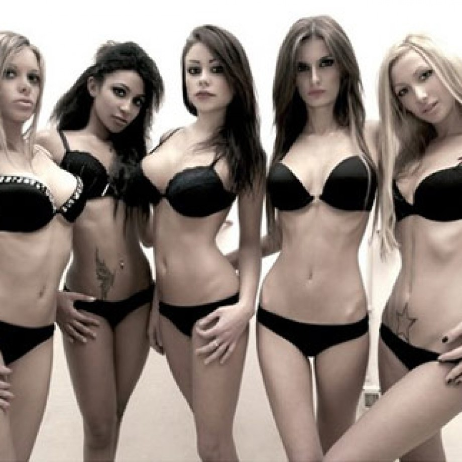 "Presentato il calendario ""Cheeky Dolls"" Excite byNight 2011"
