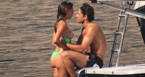 """Marco Borriello non vede l'Isola dei Famosi, intanto Belen Rodriguez si """"diverte"""""""