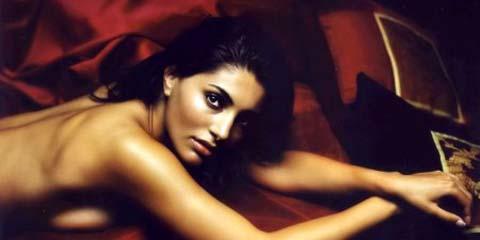 """Caterina Murino si confessa su Cosmopolitan, """"Con gli uomini va proprio male!"""""""