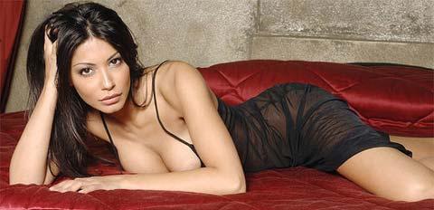 Letizia Filippi a nudo su Matrix…ecco il Calendario 2009!!!