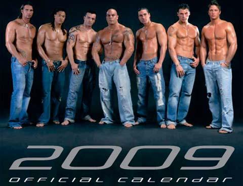 Addominali e pettorali per il calendario 2009 dei The Cohors.