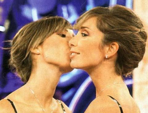 """Quanto """"costano"""" le gemelline De Vivo? 12 mila eurooooo!!! Il video"""