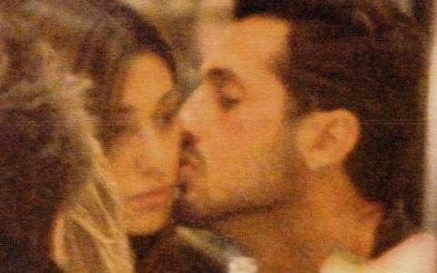 Baci tra Belen e Fabrizio Corona!