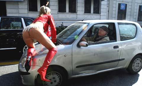 Parte il Mi-Sex 2009, Laura Perego e Maurizia Paradiso nude a Milano!