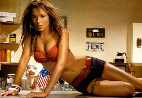 Cheryl Cole è la donna più sexy del mondo, ecco le sue scatti hot!!!