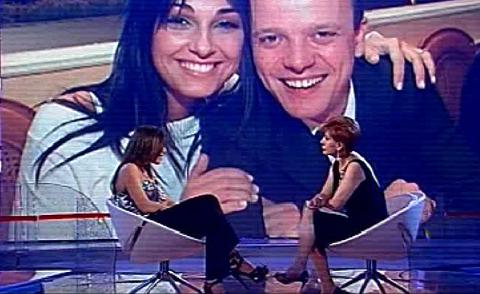 Ricominciare, Carmela Barbato attacca Anna Tatangelo!!!