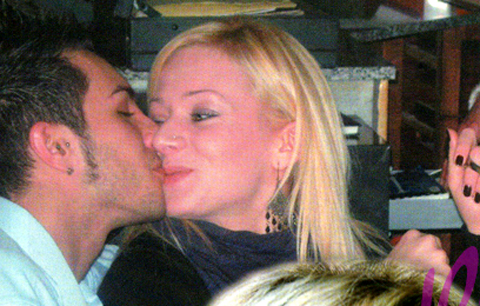 Marco Carta da Valentina Mele a Cristina Da Villanova, altro che gay!!!