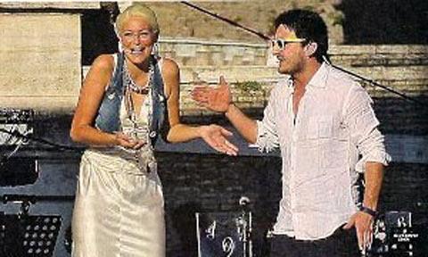 GF9, Nicola lascia Federica sul palco del Mediaset Days a Roma!!!
