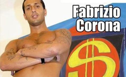 Fabrizio Corona, ritardo in disco e scoppia la rissa