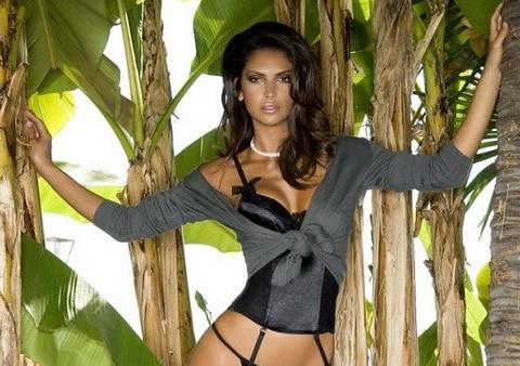 Il Calendario Sexy di Camilla Morais