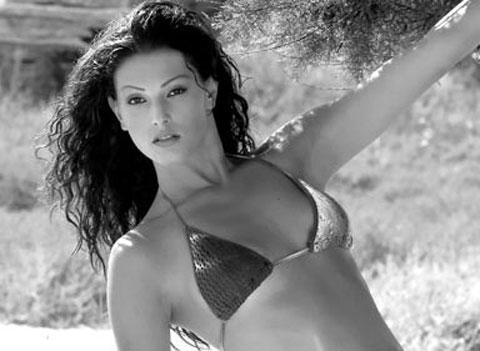 Monica Riva, scatti hot su Chi